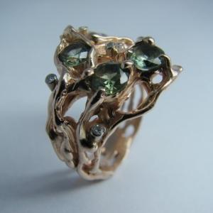 Перстень з сапфірами